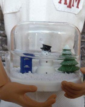 Mini Werbetruck Mit Schneekugel