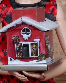 Knox The Little One – Smoking house for collection